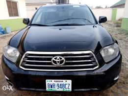 Toyota Highlander 2008 model,limited edition for urgent sale