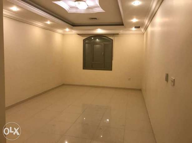 3 bathrooms villa apartment in mangaf
