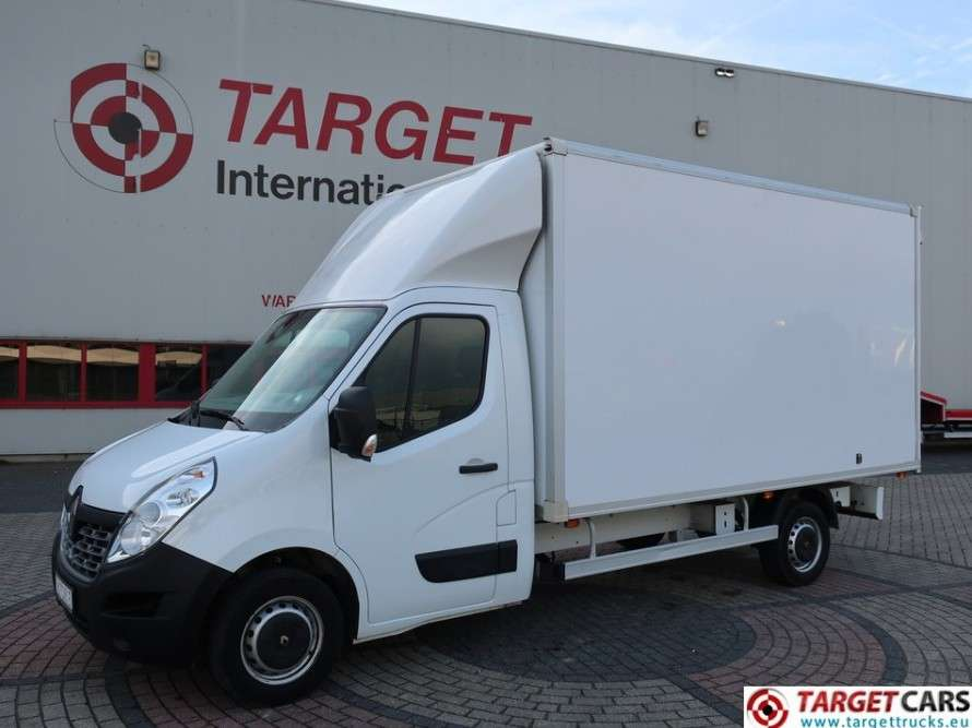 Renault Master 2.3DCI Closed Box Van - 2016