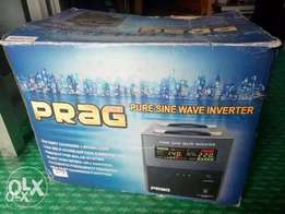 Brand new 2.5 KVA inverter, pure shine wave. Discount sales.