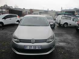 POLO 6 Sedan 1.6 2015 Model,5 Doors factory A/C And C/D Player