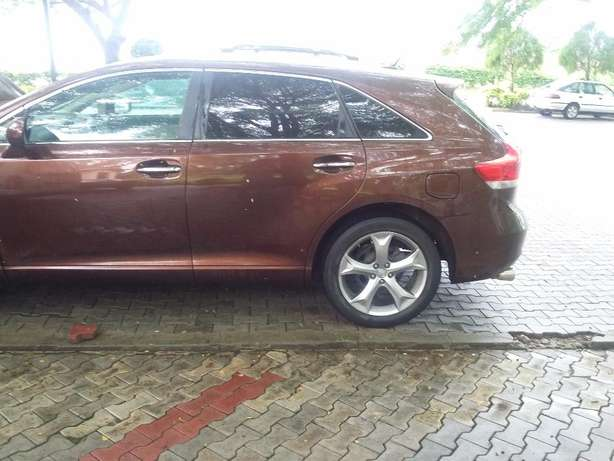 New Toyota Venza 2012 (fairly used in nigeria ) Lagos - image 4