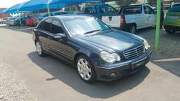2005 Mercedes Benz C 200 Avanrtgarde in good condition