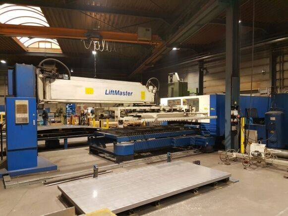 Sale trumpf l3030 industrial equipment for  by auction - 1999
