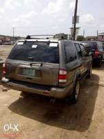 Clean used 02 Pathfinder Jeep 4×4