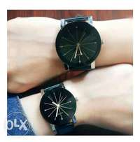 A pair of couple wrist watch
