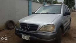 Neatly used nigerian mercedes benz ml320