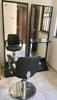 Various: Hydraulic Seats , Mirrors , Small Cabinet