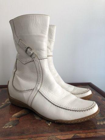 ... Жіноче взуття в Чернівці. Зимові шкіряні сапожки-ботінки на натуральній  овчині Чернівці - зображення 1 0ba2bfd25d31f