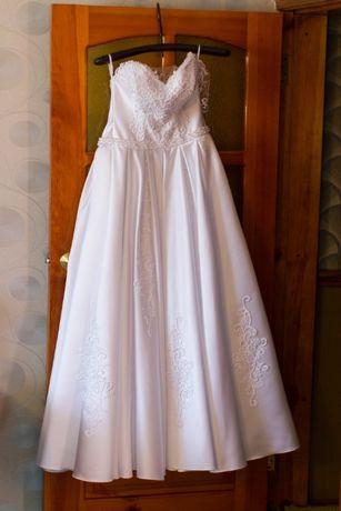 Свадебное платье 2018.  5 500 грн. - Весільні сукні Апостолове на Olx 3e738a427b014
