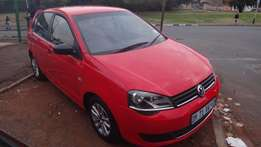 red vw polo vivo R34 999