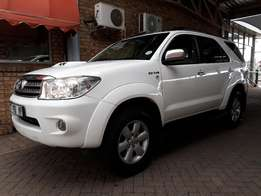 2011 Toyota Fortuner 3.0 D4-D For Sale!!