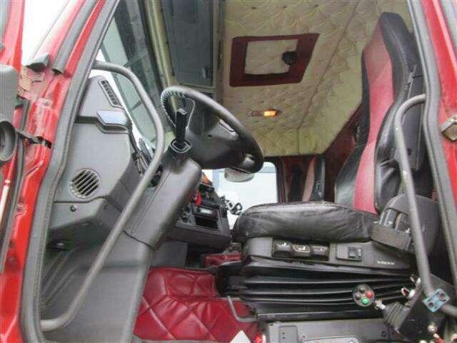Volvo FH460 8X2 WITH HIAB CABLE + HIAB 077 B 2 CL EURO - 2013 - image 6