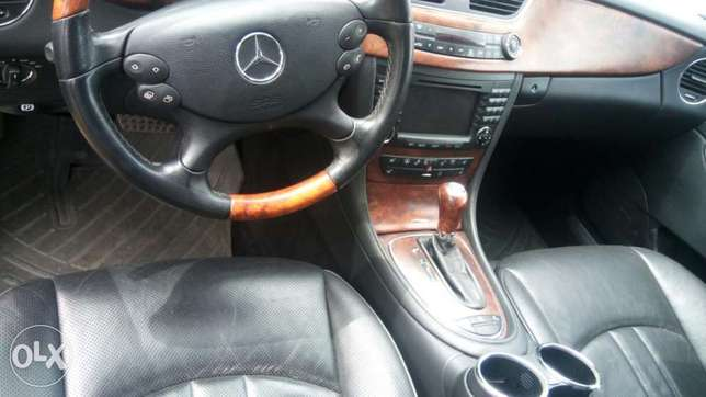Mercedes Benz CLS 500 Ibadan Central - image 2