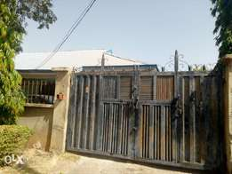 For sale 2bed,boyz quarter in efab city estate jabi life camp Abuja.