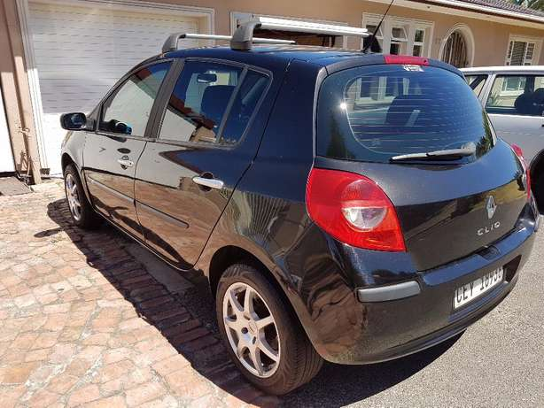 2008 Renault Clio 3 1.6 . ONLY 158000km Kuils River - image 5