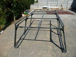 Framing for short base bakkie