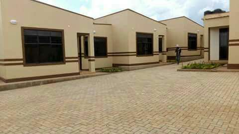 Complete sitting room and bedroom for rent in Najera at 400k Kampala - image 1