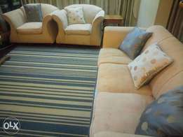 Comfy lounge sofa set for sale