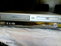 Video recorder and aiso a DVD