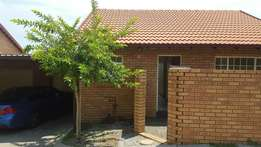 2 Bedroom Town house for rental in the Reeds