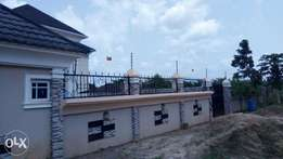 Electric fencing installation expert for electric fence.