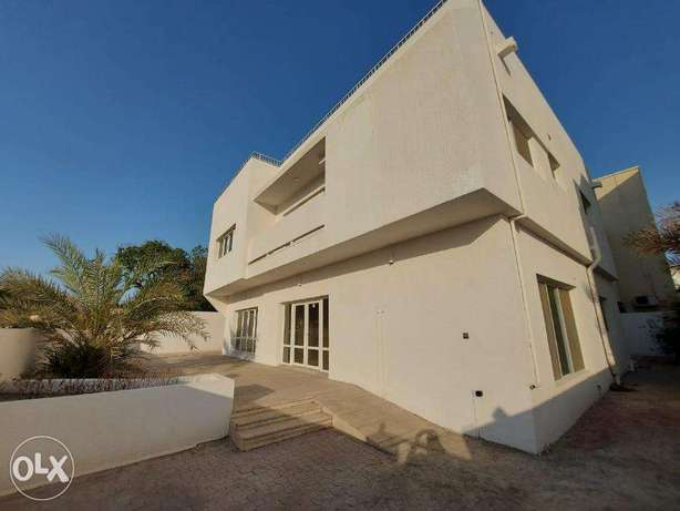 Commercial Villa available in Madinat Qaboos FOR RENT