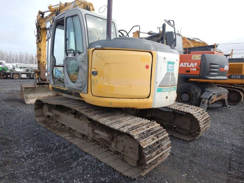 New Holland E135BSR-2 - 2009 - image 3