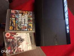 2nd hand PS3 with 2 Pads and 2 games