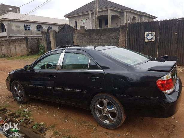 Used Toyota Camry 2005 very clean Alimosho - image 1
