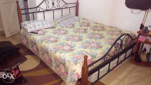 6x6 Metal bed and Mattress Donholm - image 1