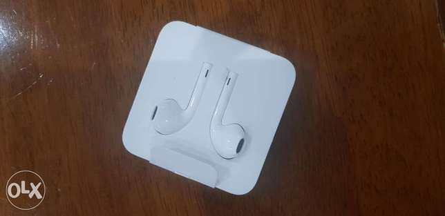 IPhone 11 pro max headphones only