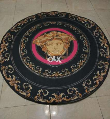 Set of 2 rugs new