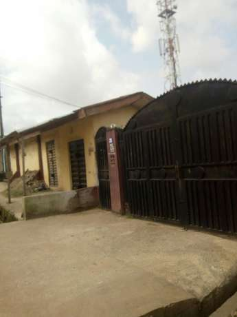 Building for sales at egbeda, Lagos state Mosan/Okunola - image 1