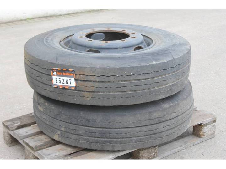 Michelin 11 R22.5 Band Met Velg