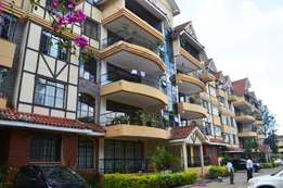 3 bedroom apartment with Sq for sale in Kilimani