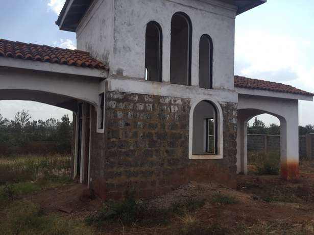1/2 acre residential plot Near Tatu City in a Gated community Upper Parklands - image 4