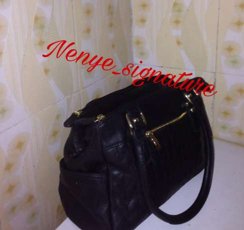 thrift/branded and unbranded fashion handbags Surulere - image 3