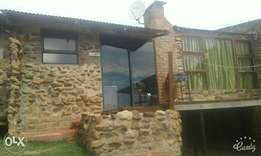 3bed furnished House 45 m2 on farm to rent R 4500 joubrtina langkloof
