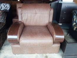 Pure Skin Leather Chair 200k