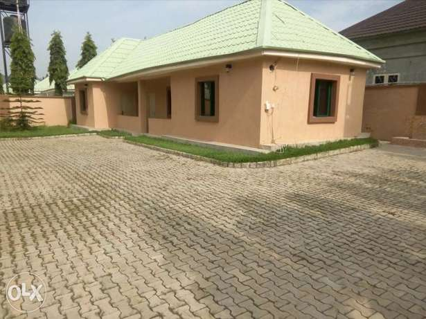 4bedroom detached duplex with 3rooms BQ at Gwarinpa Estate Abuja - image 3