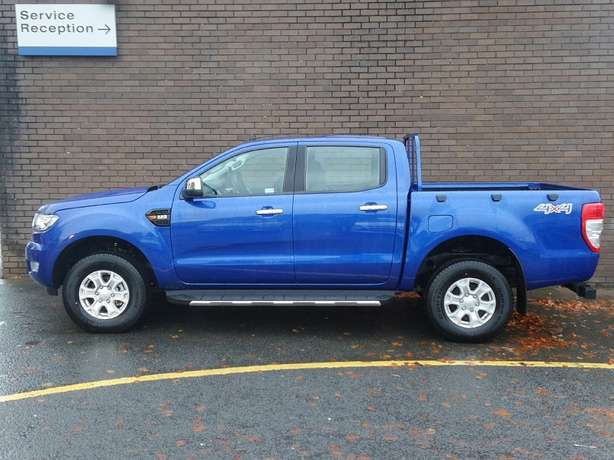 Ford Ranger Pick Up Double Cab XLT 2.2 TDCi Utawala - image 5