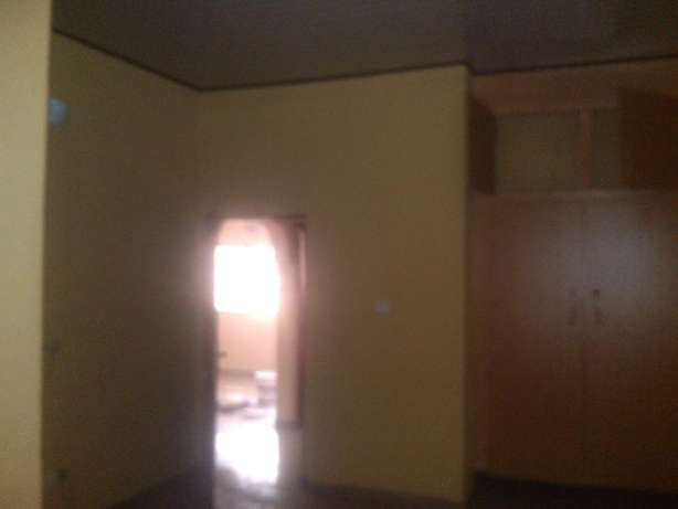 2 bedroom flat at nuj estate,clean compound.all room ensuit Ojodu - image 6