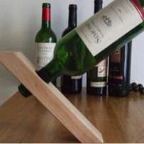 wood wine optical illusion stand