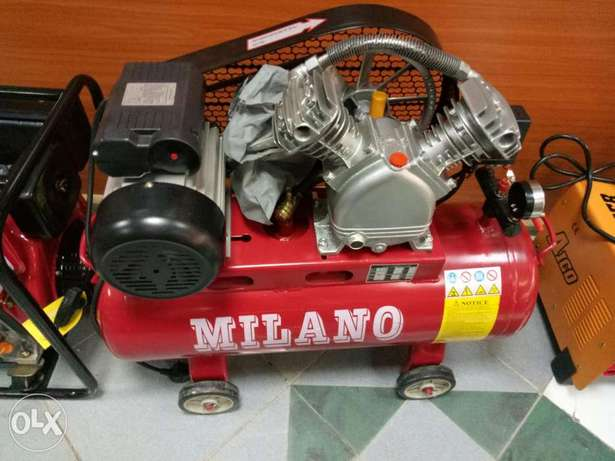 Air compressors(Both petrol engine and electric powered) Kitengela - image 4
