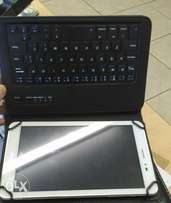 Hauwei Tablet plus keyboard