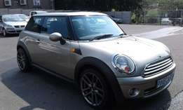 MINI Cooper with Sunroof