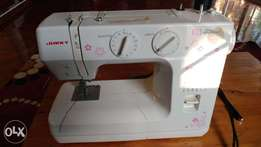 Yukki sewing machine