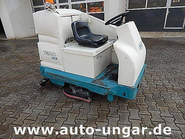 Hako TENNANT - 7200 E Scheuersaugmaschine Schrubber
