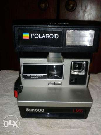 polaroid 600 family instant camera